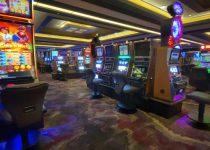 Taruhan Cache Creek Casino pada Perjauhan Sosial untuk Pembukaan Kembali akhirnya - NBC Bay Area