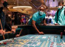 Sebagai Las Vegas Reopens, Uji Besar Coronavirus untuk Kasino