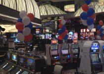 Veteran untuk merayakan pembukaan kembali Atlantis Casino Resort Spa