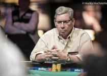 Dunia Poker Bereaksi terhadap Kematian Mike Sexton