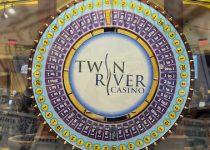Strategi 'pemain murni' Twin River membatasi penurunan keuntungan kasino Q3