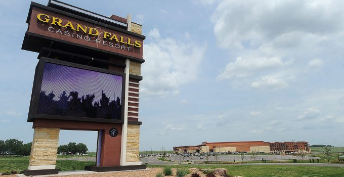Lantai permainan Grand Falls Casino dibuka kembali 1 Juni