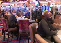 Penjudi kembali ke Hard Rock dan kasino South Florida lainnya