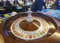 Pikirkan kembali keputusan di kasino Daerah Pope