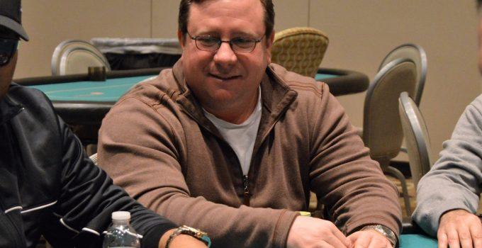 """Jonathan """"SugarJ"""" dari New Jersey Menangkan Event Online WSOP 2020 # 30: $ 500 Acara Senior ($ 64.411)"""
