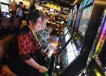 Pritzker menandatangani tagihan untuk menurunkan pajak di kasino Chicago