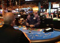 TONTON SEKARANG: Kasino Atlantic City dibuka kembali untuk kerumunan yang bersemangat dan hati-hati   Kasino & Pariwisata