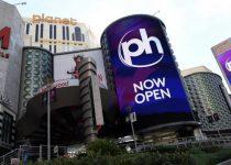 Caesars 'Planet Hollywood Resort & Casino membuka kembali pintunya