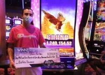 Pemain yang beruntung mendapatkan jackpot $ 1,2 juta di Desert Diamond Casino West Valley